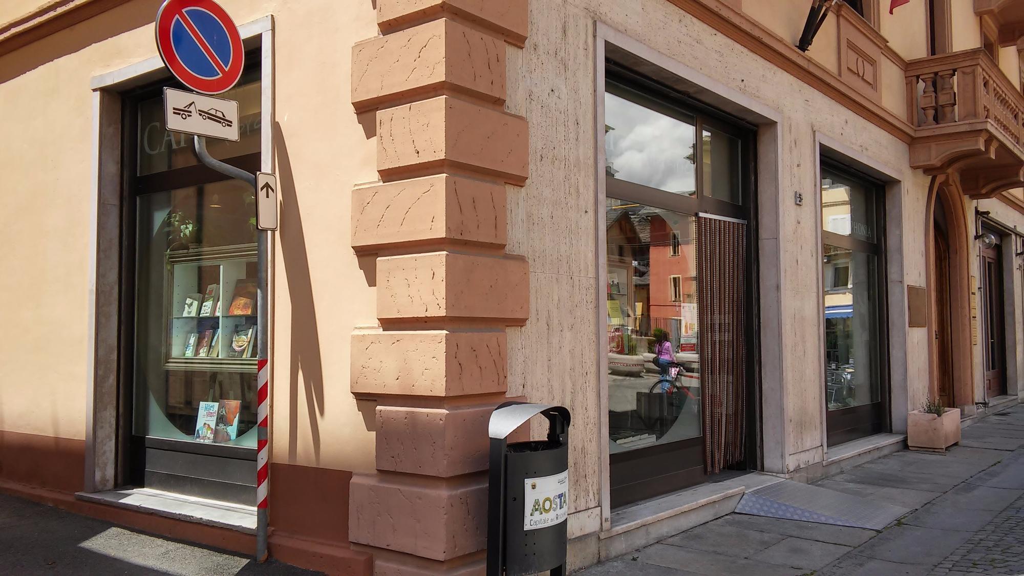 Cafè Librairie Culture Alpine E Francophonia