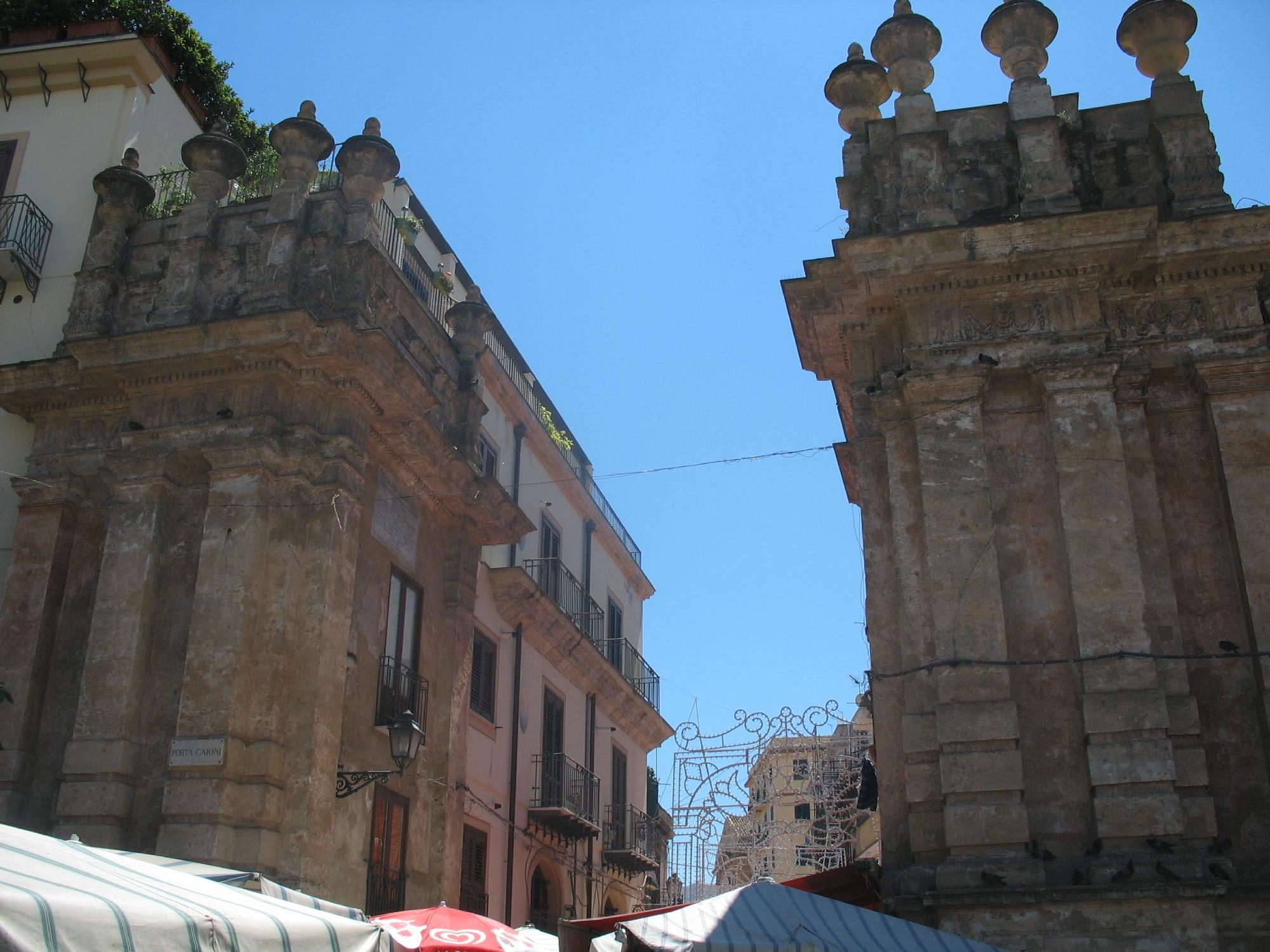 Mura, Bastione e Porta Carini