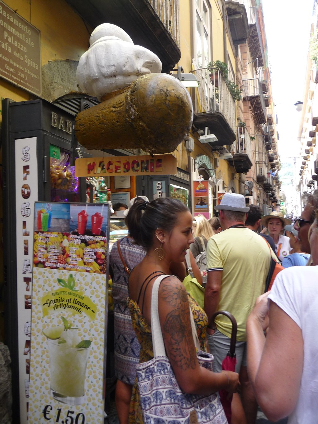 Free Tour Taste of Naples' History and Limoncello