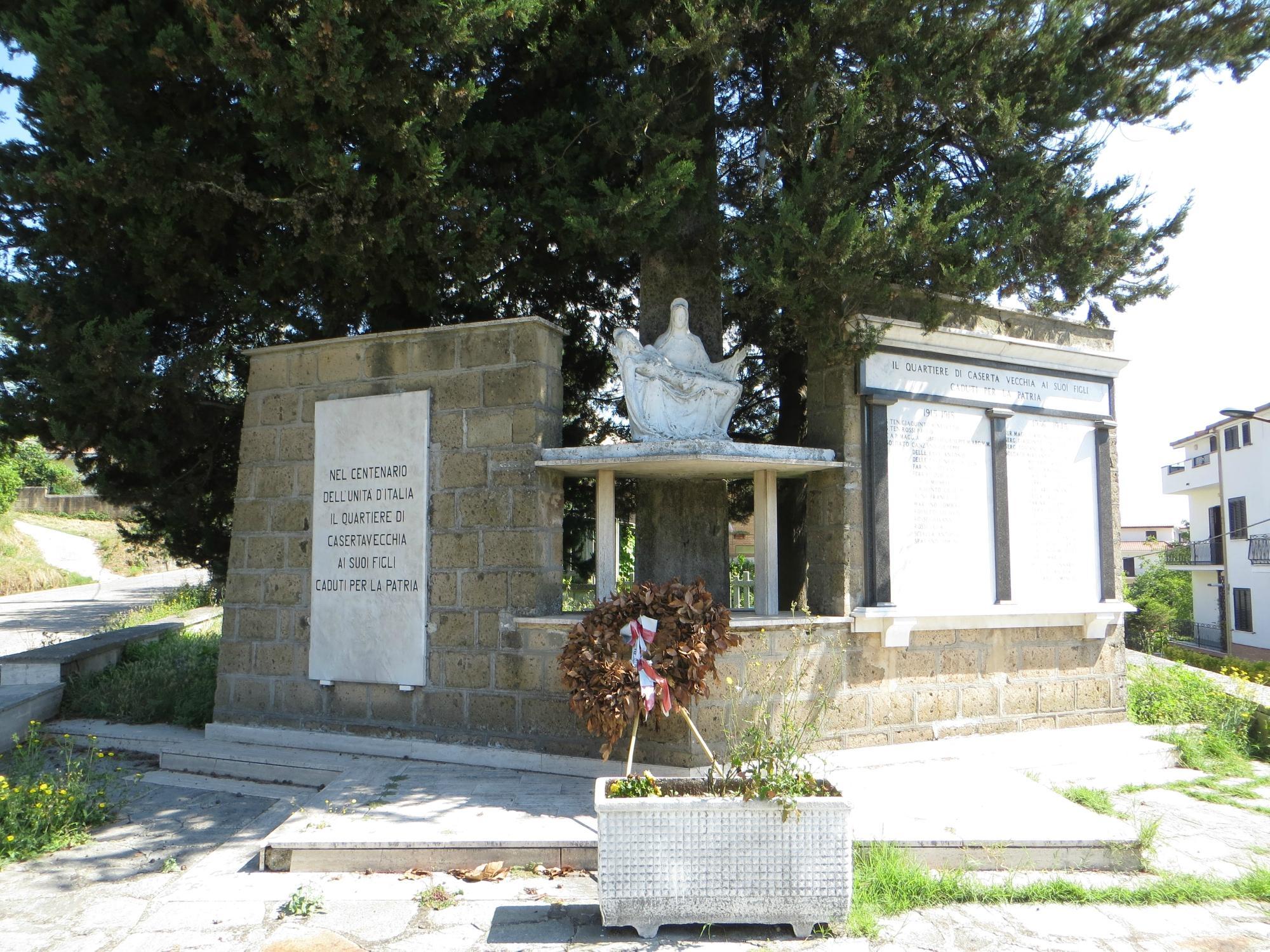 Monumento ai Caduti di Casertavecchia