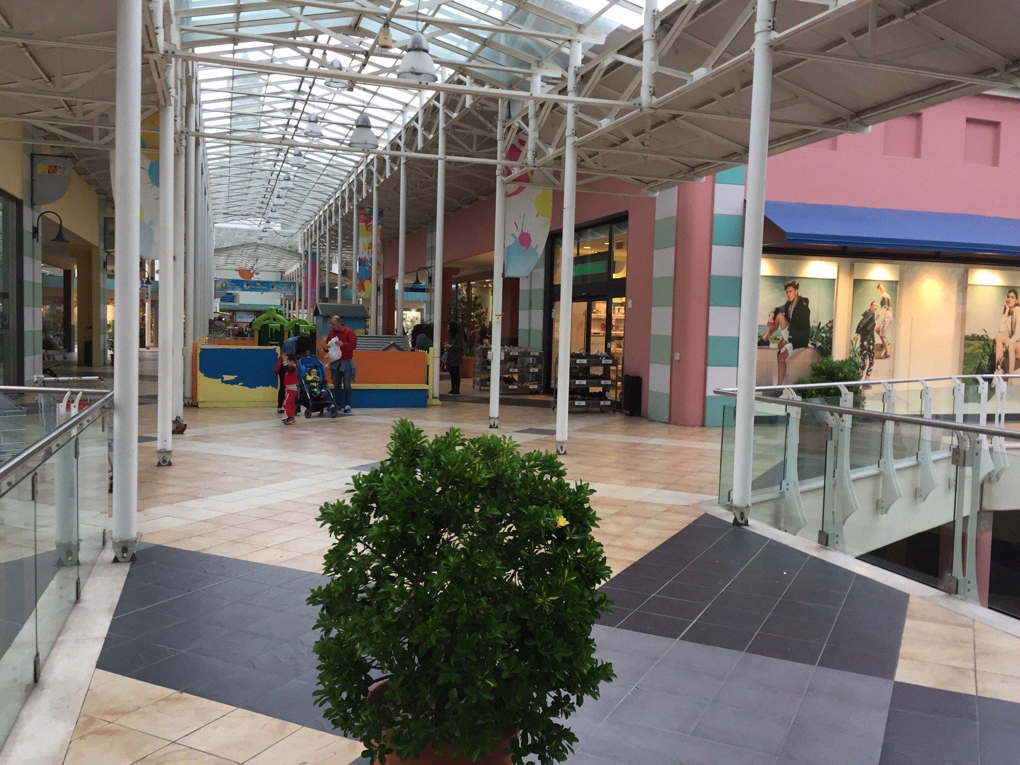 Centro Commerciale L'Arca