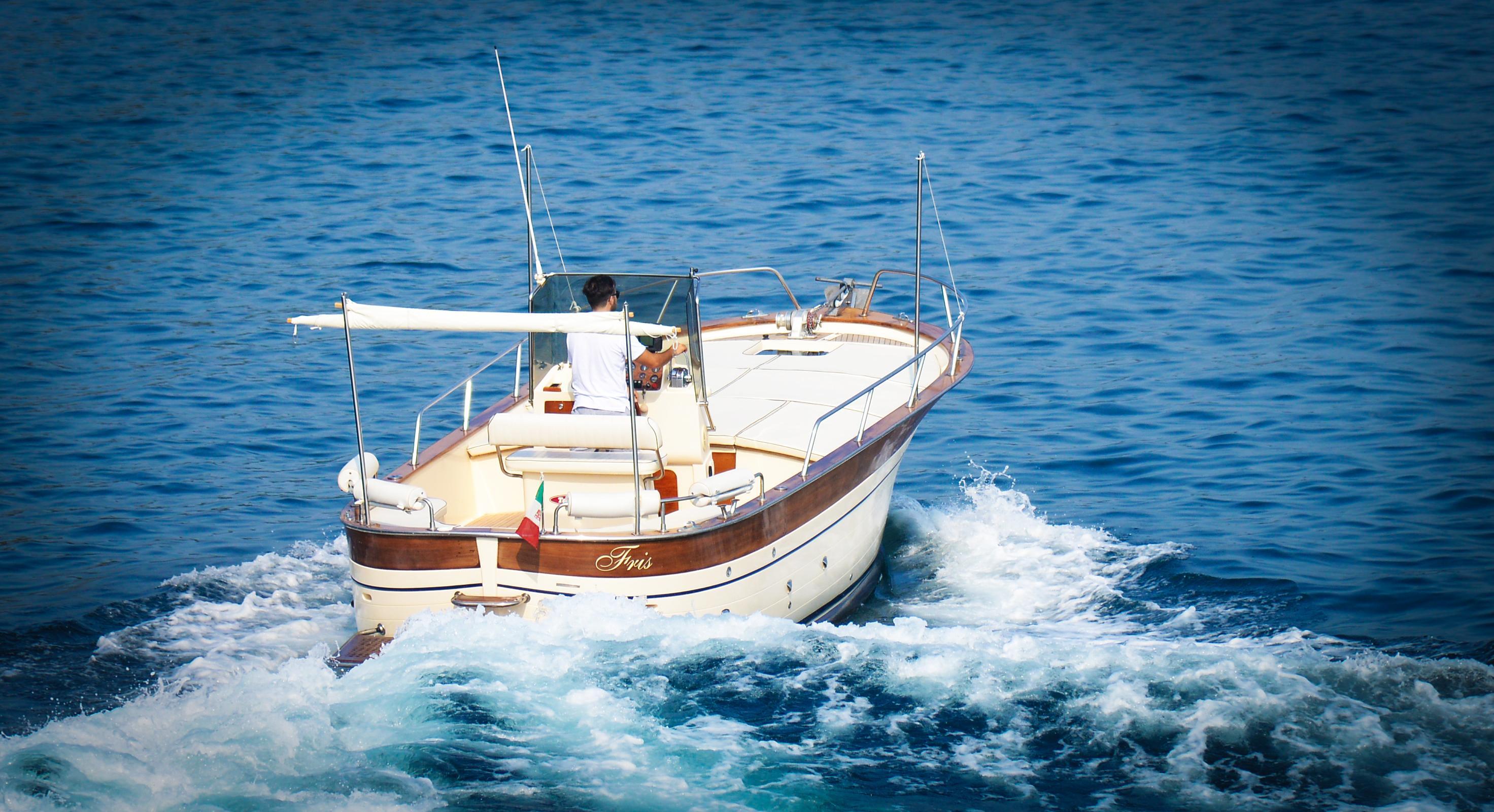 Excursion Boat Sorrento