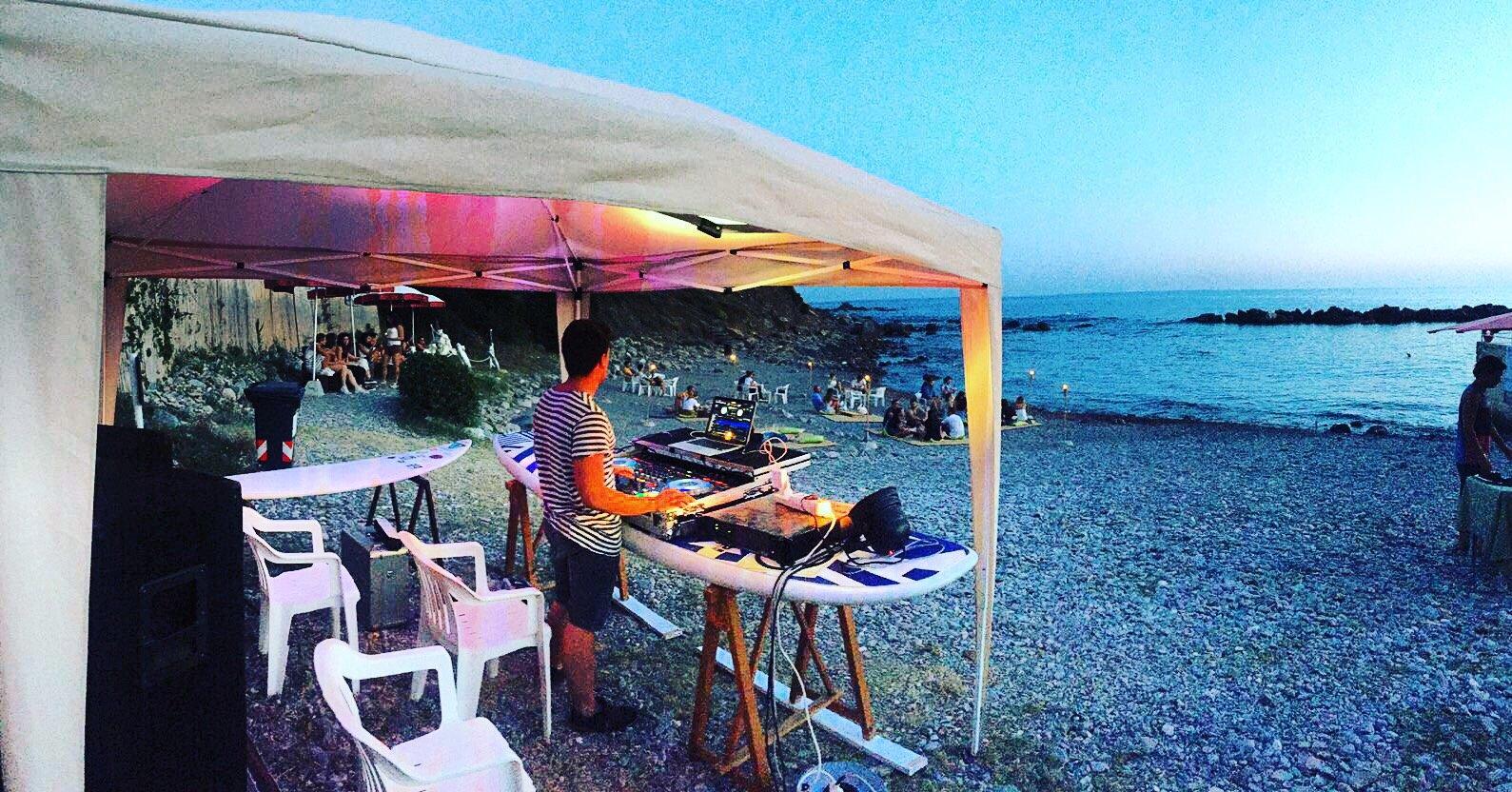 Breeze Beach