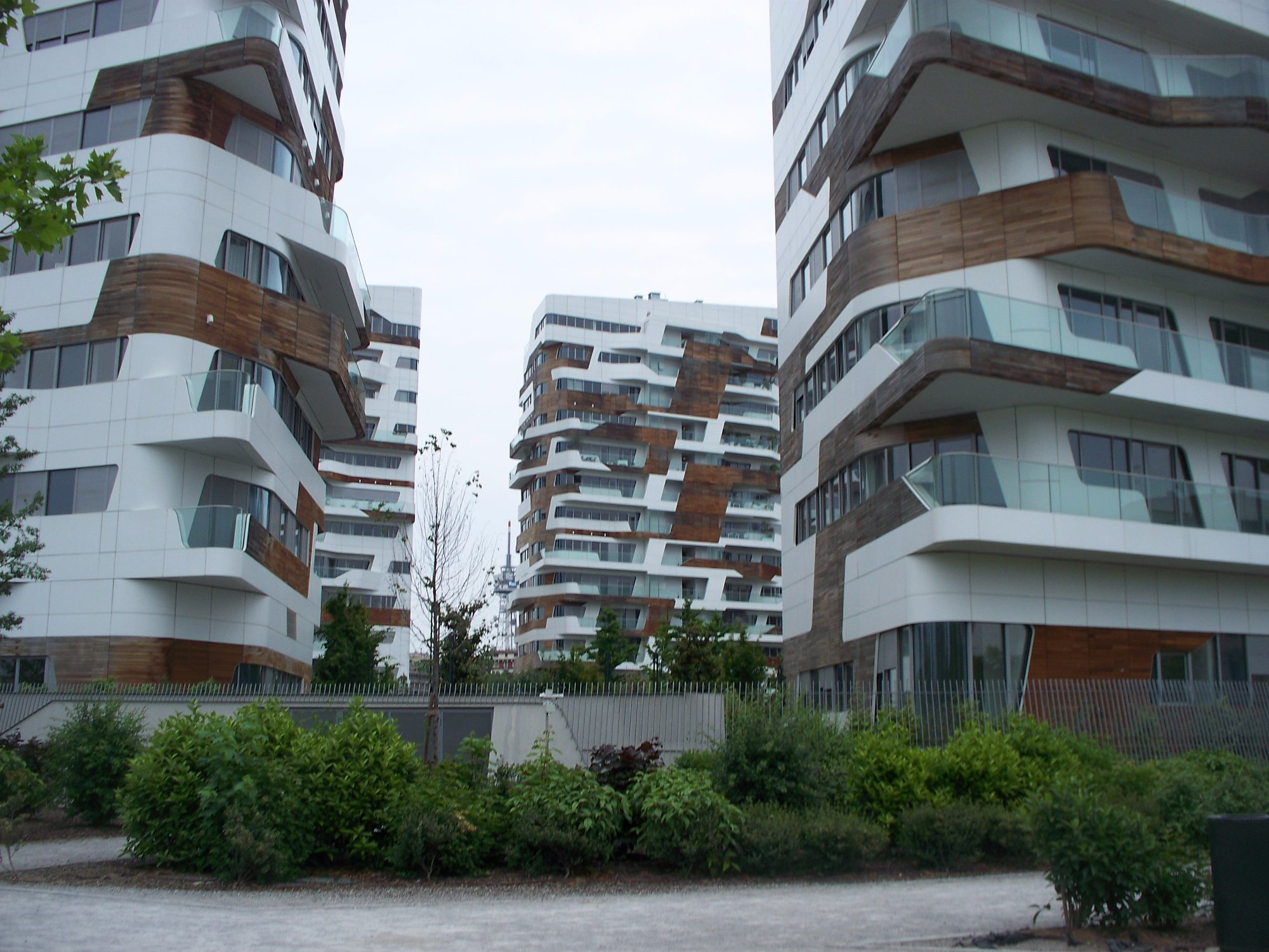 City Life a Milano, prezzi, recensioni, ristoranti vicini P2